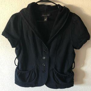 Black hooded short sleeve jacket